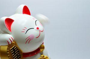 Maneki-neko, le chat japonais de la fortune