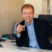 Stéphane Adjinsoff - Courtier en prêt immobilier à Paris et gérant de Patrimoine & Financement